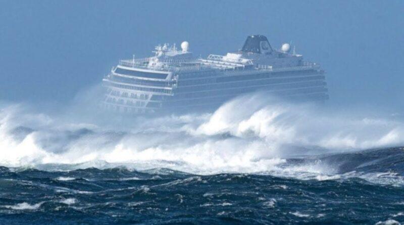шторм, круизный лайнер в шторм, шторм 12 баллов